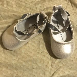 Kenneth Cole Ballerina Silver Shoes